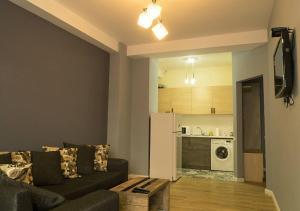 Apartment with balcony near King David residence, Apartmanok  Tbiliszi - big - 26
