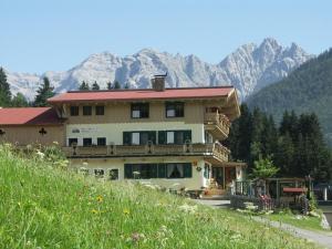 Ferienhof Obertenn - Hotel - Hochfilzen