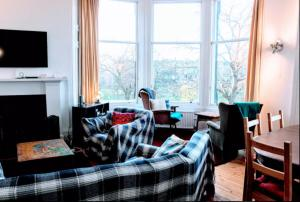Traditional apartment over the Meadows Sleeps 10
