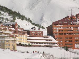 Hotel Europa, Hotely  Astun  - big - 1