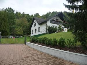 Landhaus Hubertus - Kremmeldorf