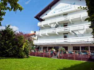Hotel Bayerischer Hof, Hotels  Bad Füssing - big - 12
