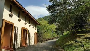 Yi He Golden Homestay, Ferienhäuser  Mizhan - big - 17