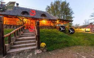 Farm stay Orlov put, Bauernhöfe  Bilje - big - 64