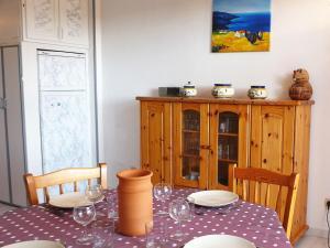 Apartment Les Plages de Cavalière, Apartmány  Le Lavandou - big - 24