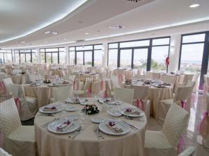 Mirabeau Park Hotel, Resort  Montepaone - big - 43