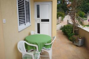 Apartment Vinisce 5229c, Appartamenti  Vinišće - big - 23