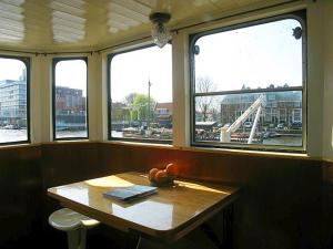 Houseboat Ms Luctor, Boote  Amsterdam - big - 31