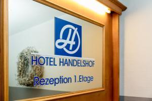 Hotel Handelshof, Szállodák  Bünde - big - 12