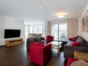 Mountain and Lake XL, Apartments  Zell am See - big - 14