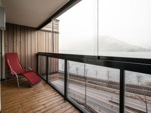 Mountain and Lake XL, Apartments  Zell am See - big - 18