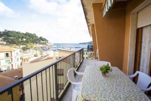Appartamento Quadri Azzurro - AbcAlberghi.com