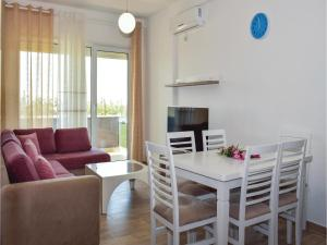 Two-Bedroom Apartment in Durres - Shpijat Kosovës