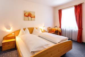 Garni Meinrad, Guest houses  Ora/Auer - big - 13