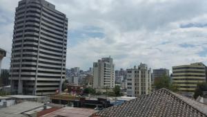 Edificio Libertad, Apartments  Quito - big - 19