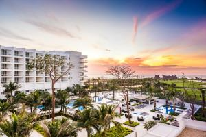 Conrad Cartagena by Hilton