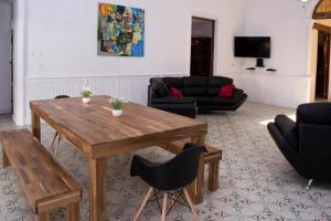 Beautiful 11 Bedroom Mansion near the Old City, Nyaralók  Cartagena de Indias - big - 4