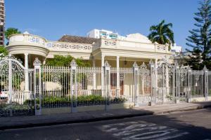 Beautiful 11 Bedroom Mansion near the Old City, Nyaralók  Cartagena de Indias - big - 8