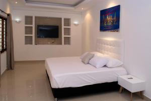 Beautiful 11 Bedroom Mansion near the Old City, Nyaralók  Cartagena de Indias - big - 13