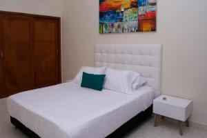 Beautiful 11 Bedroom Mansion near the Old City, Nyaralók  Cartagena de Indias - big - 19