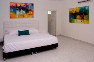 Beautiful 11 Bedroom Mansion near the Old City, Nyaralók  Cartagena de Indias - big - 22