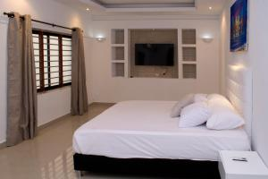 Beautiful 11 Bedroom Mansion near the Old City, Nyaralók  Cartagena de Indias - big - 31