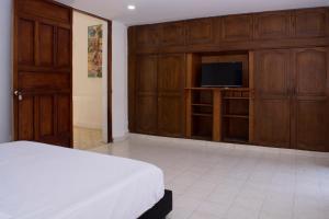 Beautiful 11 Bedroom Mansion near the Old City, Nyaralók  Cartagena de Indias - big - 34