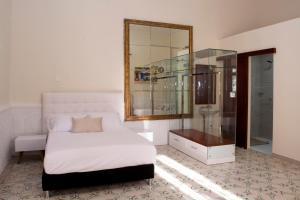 Beautiful 11 Bedroom Mansion near the Old City, Nyaralók  Cartagena de Indias - big - 36