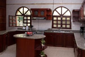 Beautiful 11 Bedroom Mansion near the Old City, Dovolenkové domy  Cartagena - big - 38