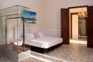 Beautiful 11 Bedroom Mansion near the Old City, Nyaralók  Cartagena de Indias - big - 39
