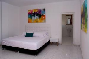 Beautiful 11 Bedroom Mansion near the Old City, Dovolenkové domy  Cartagena - big - 41