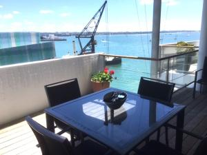 1BR Waterfront Apartment with Large Deck