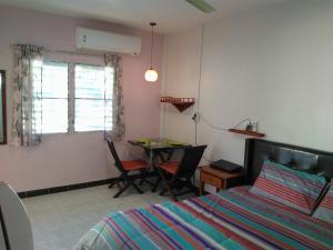 Studio with Aircon, Apartments  Bang Tao Beach - big - 8