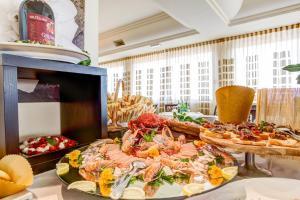 Hotel Brasil, Szállodák  Milano Marittima - big - 35