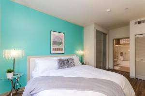 Premier DTLA Convention Center Apartment, Апартаменты  Лос-Анджелес - big - 16