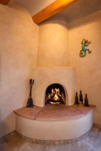 2 Bedroom - 10 Min. Walk to Plaza - Kiva, Case vacanze  Santa Fe - big - 18