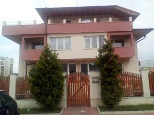 North Park Apartments - Kubratovo