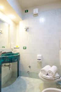 Hotel Lago Verde, Hotel  Serravalle Pistoiese - big - 22