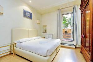 Conservatorio Apartment | Romeloft - abcRoma.com