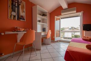 La Voliera, Bed & Breakfasts  Rom - big - 39