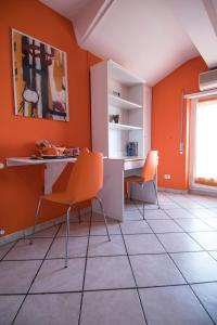 La Voliera, Bed & Breakfasts  Rom - big - 54