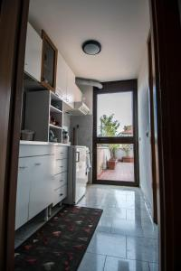 La Voliera, Bed & Breakfasts  Rom - big - 7
