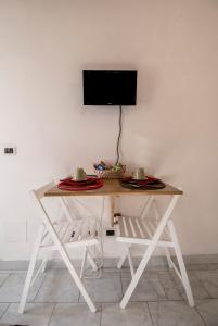 La Voliera, Bed & Breakfasts  Rom - big - 16