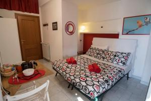 La Voliera, Bed & Breakfasts  Rom - big - 31