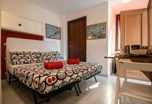 La Voliera, Bed & Breakfast  Roma - big - 59