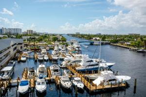 Sands Harbor Resort and Marina, Hotels  Pompano Beach - big - 4