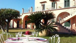 Antico Borgo Maluvriu - AbcAlberghi.com