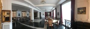 Отель Парма
