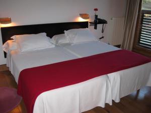 Hospederia Santillana, Hotels  Santillana del Mar - big - 17