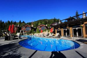 . Carmel Beach Private Lodges